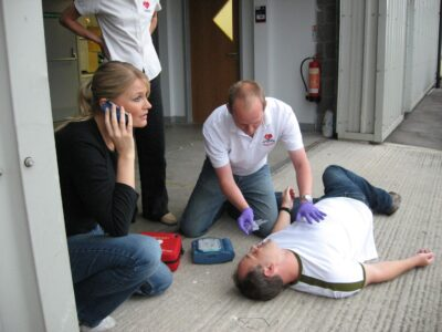 Emergency First Aid at Work (HSE Compliant: Great Britain and Northern Ireland)